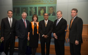 Daron Peschel, Dallas Federal Reserve Bank, Houston Branch; Bobby Robbins, M.D., Texas Medical Center; Janiece Longoria, Port of Houston Authority; Anil Kumar, Federal Reserve Bank of Dallas; Greg Armstrong, Plains All American Pipeline & Dr. Jay Hartzell, University of Texas at Austin.
