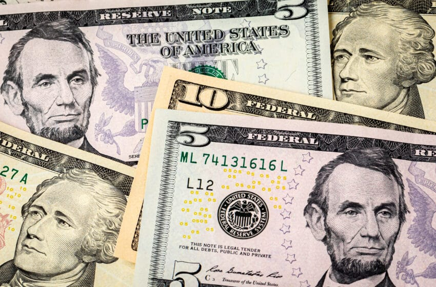 The Federal Minimum Wage: What Are the Costs and Benefits?